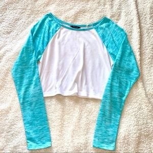 XS Blue and white long sleeve crop top